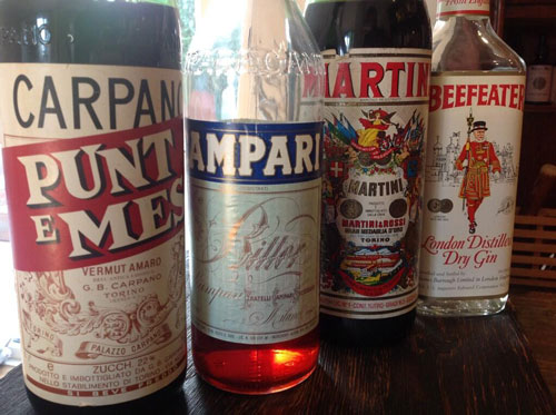 Master of Cocktails 1970s Negroni ingredients