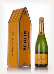 Veuve Clicquot Brut Yellow Label - Berlin Clicquot Arrow