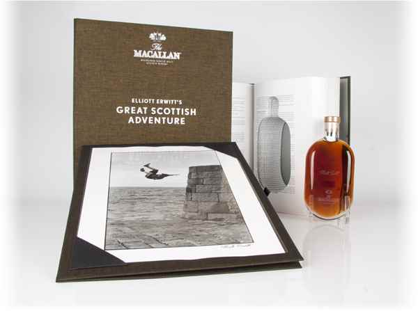 Macallan Great Scottish Adventure (Print 7) - Elliott Erwitt (Masters of Photography)
